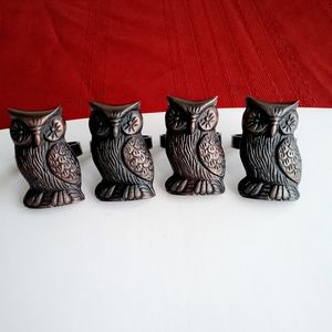 Other - Vintage 4 Pieces Owl napkins Ring.